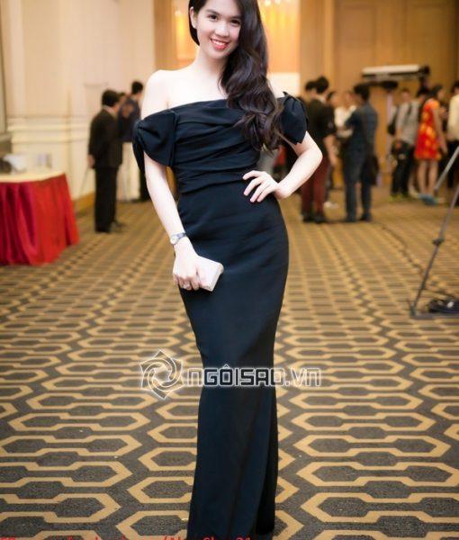 Đầm dự tiệc dài bẹt vai ngang màu đen sang trọng – D198