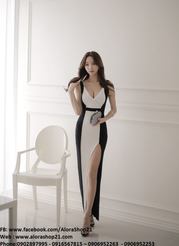 Váy dạ hội phối trắng đen xẻ đùi thiết kế sang trọng