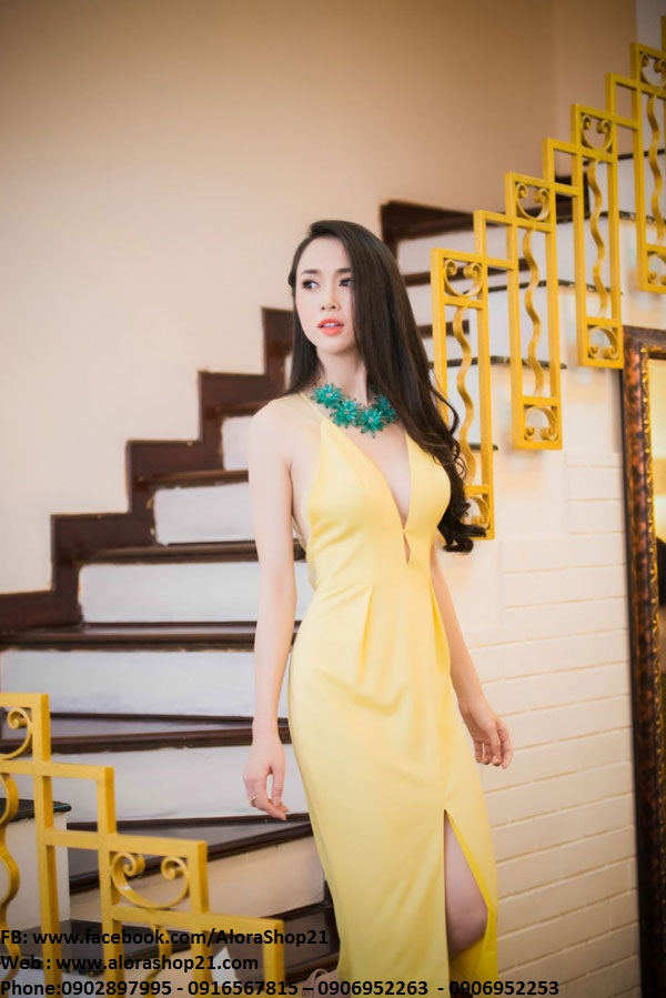 Đầm dạ hội khoét ngực sâu xẻ đùi sexy như Ngọc Anh - D276