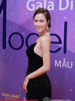 Đầm dạ hội đen cúp ngực gợi cảm như Ngọc Anh - D304