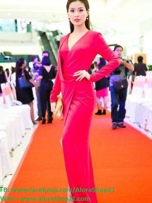 Váy dạ hội hồng tay dài xẻ ngực sâu như Diễm Trang - D319