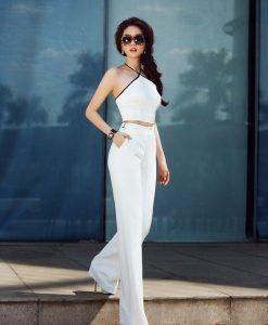 Bộ Jumpsuit Ngọc Trinh áo cổ yếm và quần ống suông trắng - J23