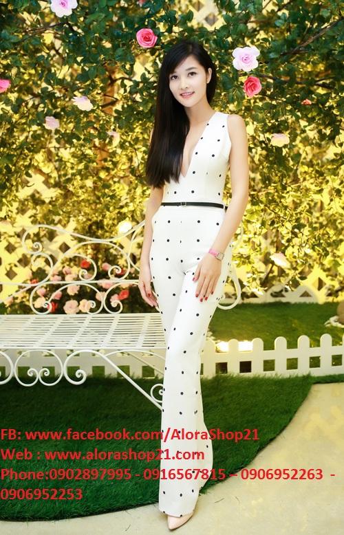 Jumpsuit dài khoét cổ V sâu tôn dáng như Yến Trang - J24