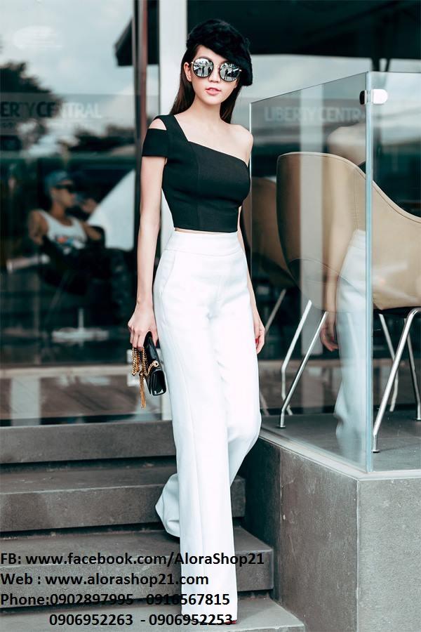 Set áo kiểu lệch vai ngang và quần ống rộng phối đen trắng – J42
