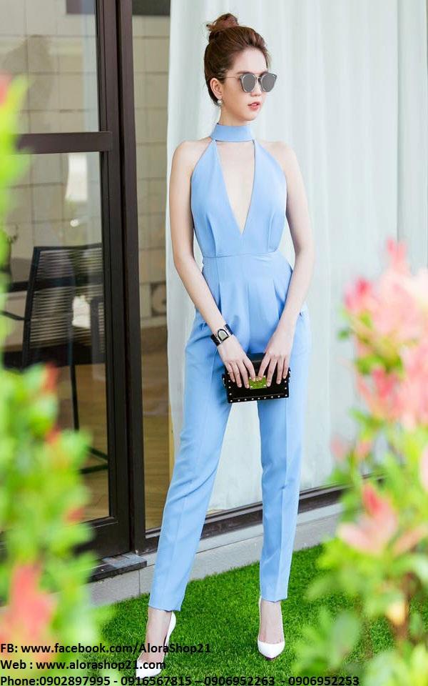 Jumpsuit xanh nhạt xẻ ngực sâu tôn dáng sexy như Ngọc Trinh - J58