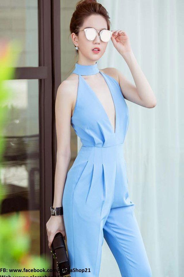 Jumpsuit xanh nhạt xẻ ngực sâu tôn dáng sexy như Ngọc Trinh – J58