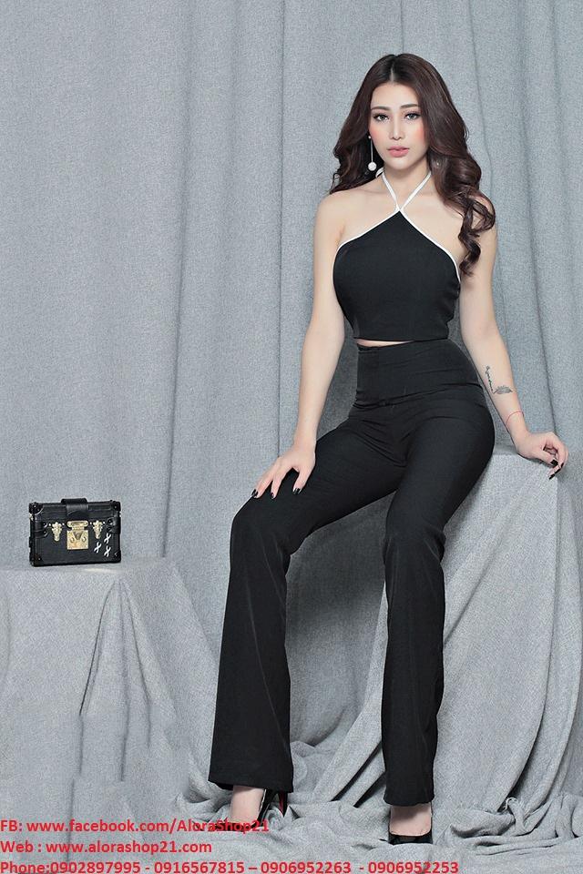 Set quần áo rời trẻ trung thiết kế áo croptop cổ yếm - J68
