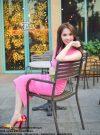Set áo croptop và chân váy bút chì hồng trẻ trung – JL05