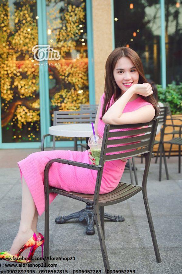 Set áo croptop và chân váy bút chì hồng trẻ trung - JL05
