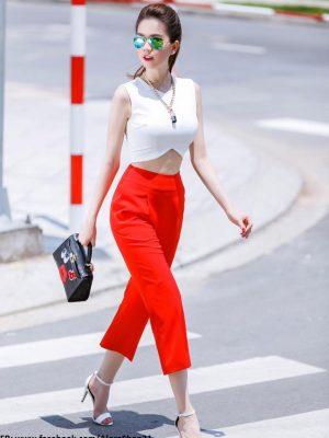 Áo crop top trắng cut out phối quần lửng đỏ như Ngọc Trinh - JL06