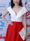Áo crop top cổ trễ chữ V quý phái phối chân váy xòe đỏ - JL09