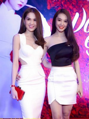 Bộ áo lệch vai và chân váy ngắn thiết kế đẹp như Linh Chi - JN23