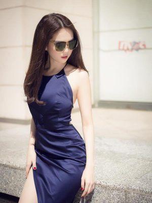 Đầm body cổ yếm đan dây lưng xẻ đùi cao như Ngọc Trinh - DN205