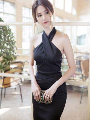 Đầm Ngọc Trinh hở lưng cổ yếm cột nơ sang trọng - DN210