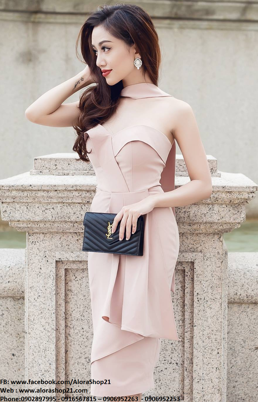 Đầm body cúp ngực choàng cổ hồng pastel - DN238