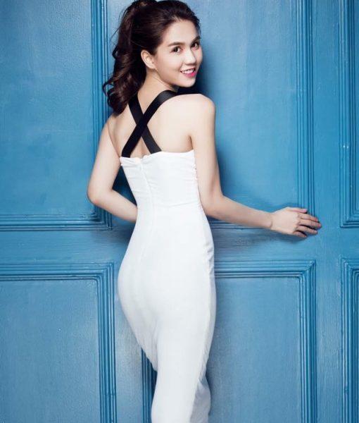 Đầm thun đen hai dây ôm body đẹp của Ngọc Trinh - DN345