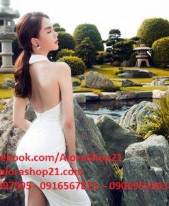 Đầm body cổ yếm hở lưng xẻ đùi tôn dáng như Ngọc Trinh - DN350
