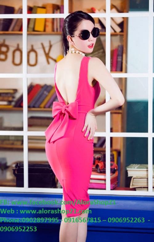 Đầm hồng body hở lưng nơ phía sau như Ngọc Trinh - DN392