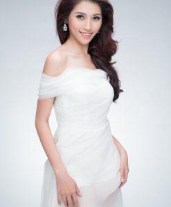 Váy dạ hội trắng trễ vai phối chân voan quyến rũ - D356