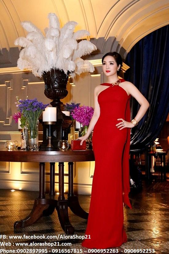 Đầm dạ hội cổ yếm xẻ đùi cao ôm body tôn dáng - D358