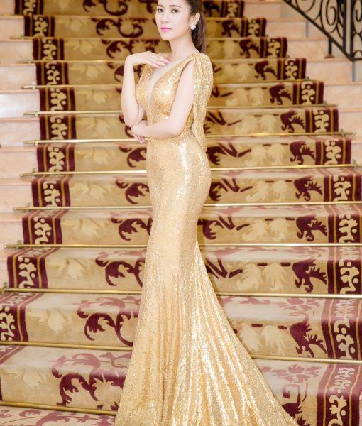 Đầm dài kim sa lộng lẫy tôn dáng như Yến Nhung - D361