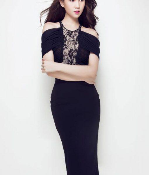 Đầm đen dự tiệc sang trọng thiết kế rớt vai của Ngọc Trinh – DN270