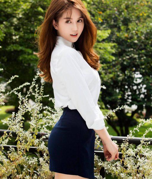 Bộ áo quần giả váy phong cách trẻ trung như Ngọc Trinh - JN39