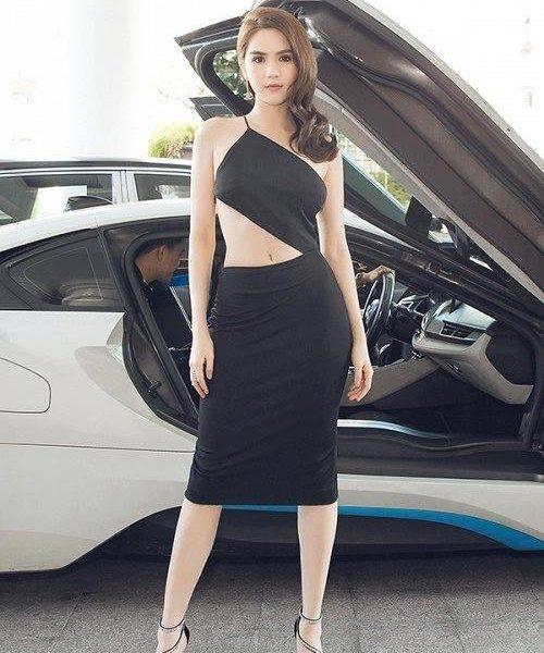 Đầm body cut out sexy tôn dáng như Ngọc Trinh – DN300