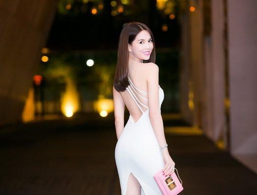 Đầm body trắng hở lưng cut out sành điệu – DN411