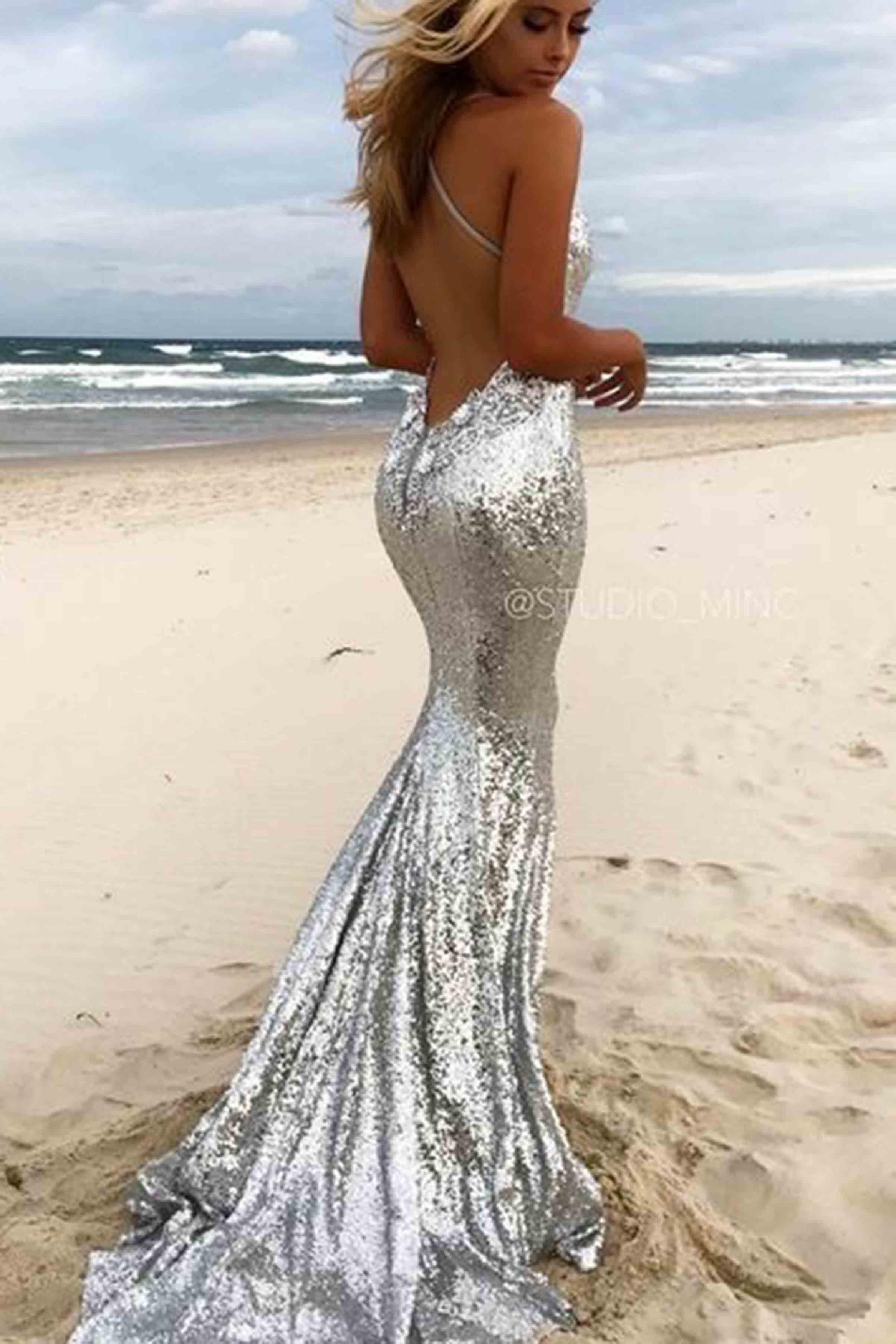 Đầm kim sa hai dây hở lưng sexy sang trọng quyến rũ - D390
