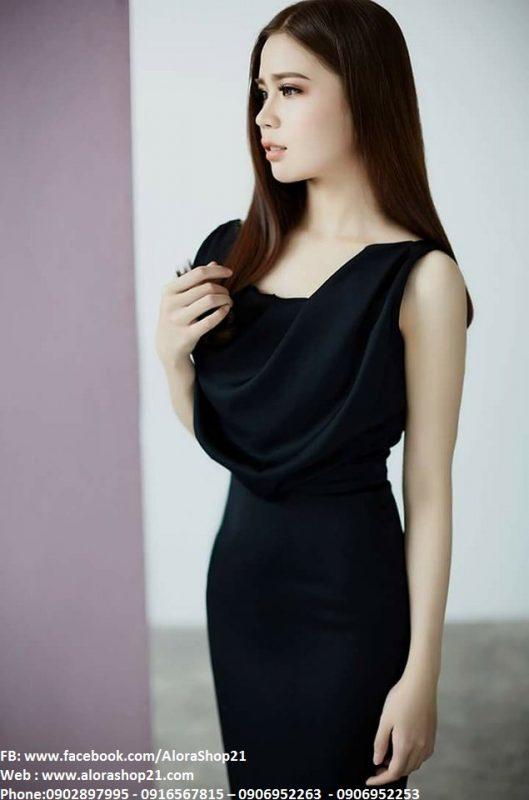 Váy đen ôm body cổ đỗ trước sang trọng sành điệu - DN416