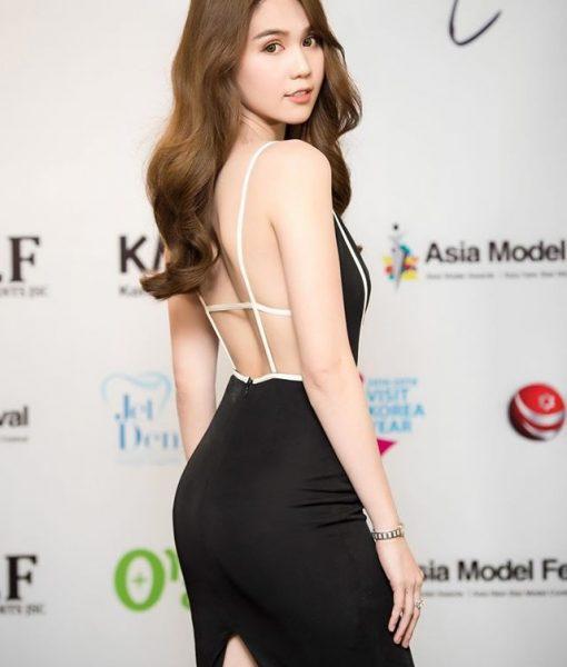 Đầm body hai dây hở lưng sexy khoét ngực sâu – DN422
