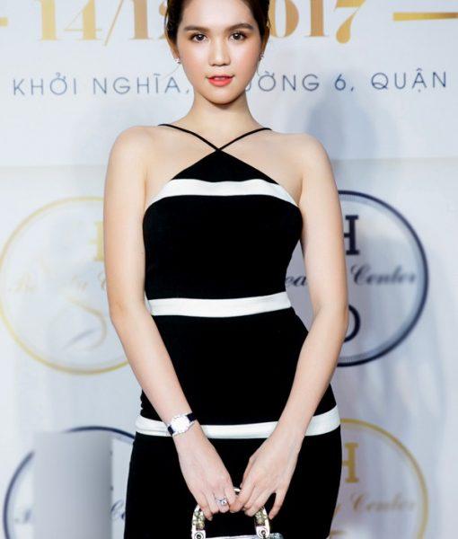 Đầm yếm ôm body Ngọc Trinh thiết kế viền trắng – DN423