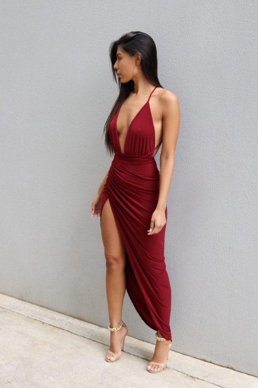 Đầm dạ hội hai dây xẻ ngực sâu ôm body sexy - D417