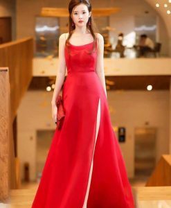 Đầm dạ hội phi đỏ hai dây xẻ đùi cao xinh xắn – D443