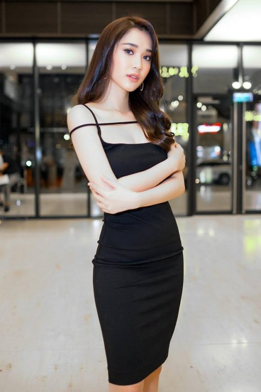 Đầm ôm body đen kiểu hai dây dây ngang - DN453