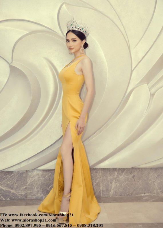 Đầm dạ hội lụa satin vàng lệch vai xẻ đùi cao tôn dáng - D461