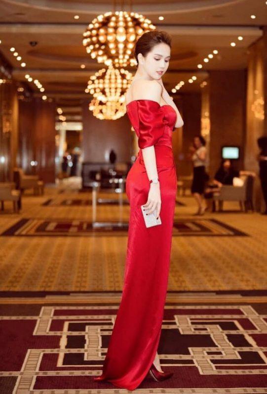 Đầm dạ hội thiết kế kiểu bẹt vai chéo tà gợi cảm - D465