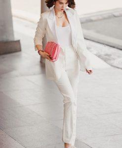 Set vest trắng kèm quần ống ôm thanh lịch như Ngọc Trinh - J114