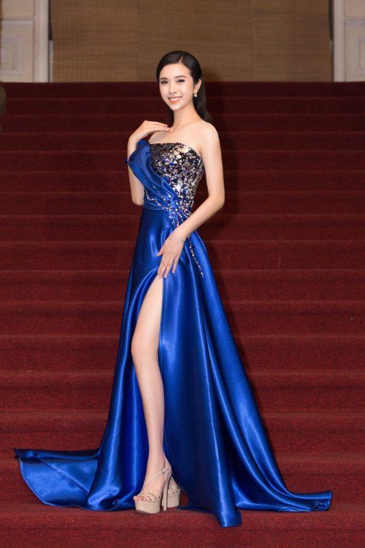 Váy dạ hội thiết kế cúp ngực xẻ đùi cao tôn dáng - D480