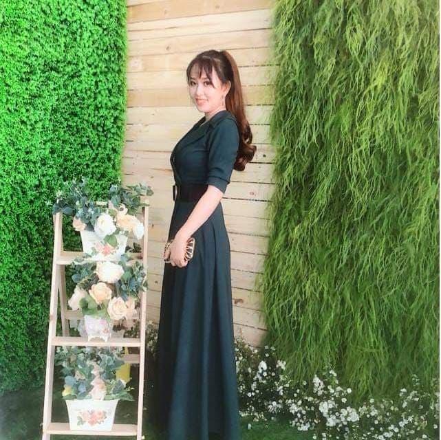 Váy dạ hội tay dài thiết kế dáng vest sang trọng lịch lãm