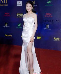 Đầm dạ hội trắng cúp ngực đính nơ eo xinh xắn - D518