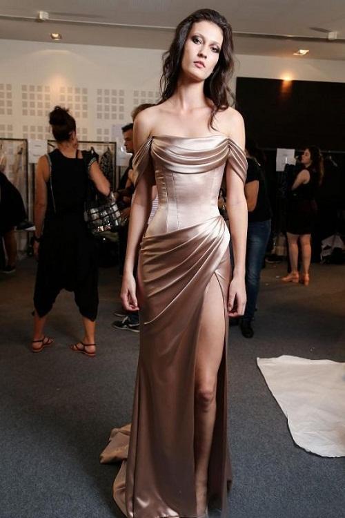 Đầm dạ hội trễ vai cổ đỗ trước sang trọng - D528