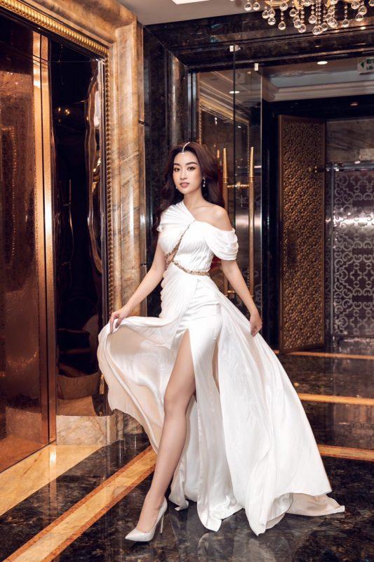 Váy dạ hội trắng thiết kế trễ vai thanh lịch sang trọng - D512