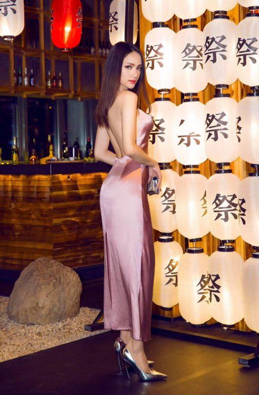 Đầm dạ hội thiết kế cổ đổ hở lưng tôn dáng - D512