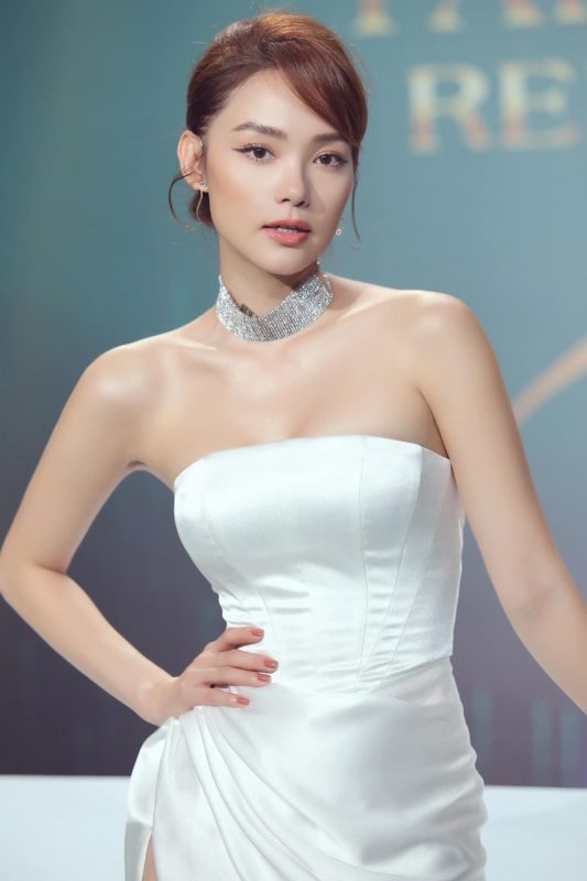 Đầm dạ hội cao cấp cúp ngực xẻ đùi cao sexy - D505