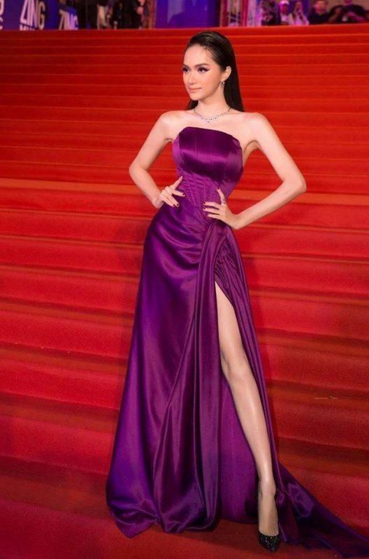 Váy dạ hội cao cấp thiết kế cúp ngực xẻ đùi cao tôn dáng - D537