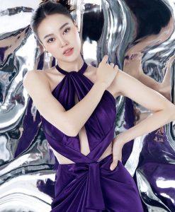 Đầm dạ hội cổ yếm khoét eo xẻ đùi cao - D561