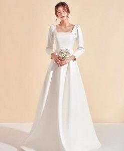 Đầm dạ hội trắng dáng xoè thiết kế tay dài sang trọng - D547