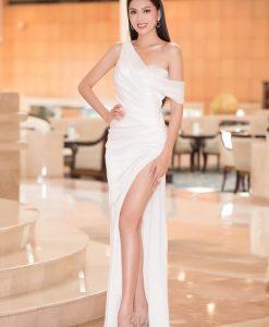 Đầm dạ hội trắng lệch vai xẻ đùi cao siêu sexy - D544